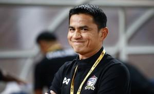 """Kiatisak chính thức xin lỗi vì phát ngôn """"10 năm nữa, Việt Nam mới thắng được Thái Lan"""""""