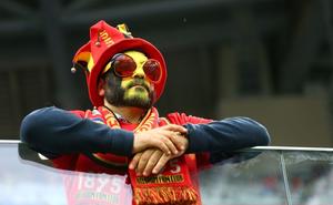 Tưng bừng ở World Cup, đệ tam anh hào thế giới tan hoang với bán độ và tham nhũng