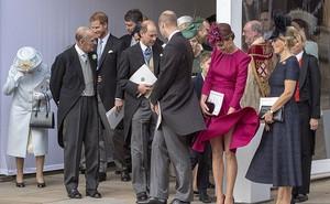 7 ngày qua ảnh: Công nương Kate bị gió thổi tốc váy trong đám cưới Hoàng gia Anh