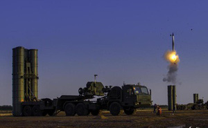 """S-400 Nga hùng dũng chinh phạt tứ xứ, """"đập tan"""" Patriot Mỹ trên khắp các trận địa"""