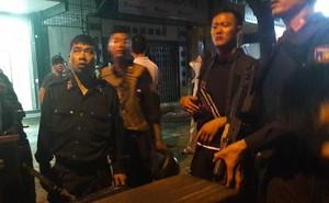 [NÓNG] Đã bắt đối tượng ôm lựu đạn cố thủ trong nhà tại Nghệ An