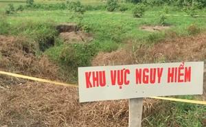 'Hố tử thần' nuốt chửng gần chục cây cam, vải trong vườn nhà dân ở Quảng Ninh