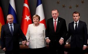 Bà Angela Merkel từ chức: Khéo léo biến hoàng hôn quyền lực thành cuộc chơi riêng