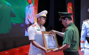 Thượng úy CSGT xả thân cứu người được đề cử Công dân Thủ đô ưu tú
