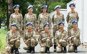 """Những nữ chiến sĩ """"mũ nồi xanh"""" Việt Nam: Thanh xuân muôn dặm vươn xa…"""