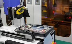Tìm hiểu quy trình sản xuất smartphone R17 Pro sắp ra mắt của OPPO