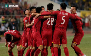 """Đây là lý do để bầu Hiển """"cười thầm"""" khi tuyển Việt Nam dự Asian Cup"""