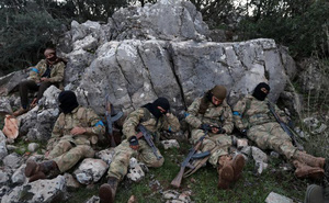 24h qua ảnh: Phút nghỉ ngơi của phiến quân gần điểm nóng chiến sự Afrin tại Syria
