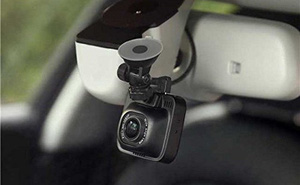 Gợi ý 4 món đồ công nghệ đơn giản giúp nâng cấp chiếc xe hơi của bạn trở nên thông minh hơn