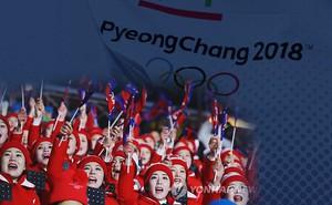 """Khẩu hiệu đặc biệt của """"đội quân sắc đẹp"""" Triều Tiên"""