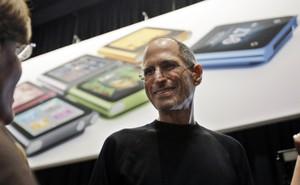 Steve Jobs đã từng cảnh báo Mark Zuckerberg về vấn đề quyền riêng tư từ năm 2010