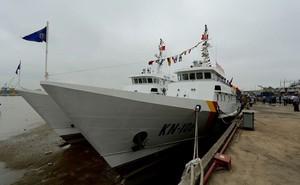 Kiểm ngư Việt Nam nhận bàn giao thêm 2 tàu hiện đại