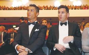 Messi và Ronaldo, ai cần cúp vàng World Cup hơn?