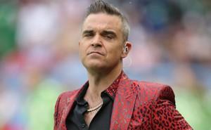 Mafia Nga ráo riết truy lùng ca sĩ có hành động phản cảm tại lễ khai mạc World Cup 2018?