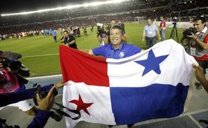 """World Cup: """"Thuyền trưởng"""" thích nhậu nhẹt và chuyện đội bóng tí hon khiến Mỹ phải ôm hận"""