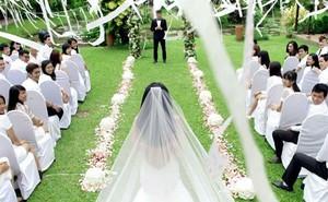 Chuyện thật như đùa: Anh chàng được chú rể 'ngáo ngơ' nhắn tin làm quen, mời đi đám cưới trong 'phút mốt'