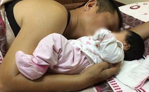 Than thở chuyện sinh nở nhờ bố đẻ lên chăm nhưng bị bố chồng cho nằm đất, cô nàng không ngờ bị mắng té tát