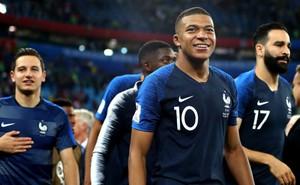 """Tỏa sáng cùng Pháp vào Chung kết, Mbappe muốn """"lật đổ"""" Cris Ronaldo"""