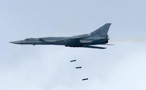 """Máy bay siêu thanh Nga """"gieo ác mộng"""" cho tàu sân bay Mỹ"""