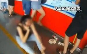 Trung Quốc: Mua vé máy bay nhầm ngày, nữ hành khách nói dối có bom để ngăn chuyến bay cất cánh