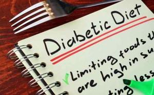 Vì sao hai người cùng bị tiểu đường có thể không cùng một chế độ ăn?