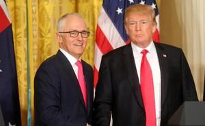 """Tổng thống Trump mắc sai lầm khiến mật vụ Mỹ """"giận sôi người"""" khi tiếp Thủ tướng Australia"""