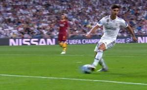 """Bắt chước chiêu """"lườm rau gắp thịt"""", sao Real Madrid nhận kết cục bẽ bàng"""