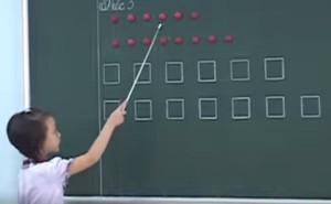"""Tiếp chuyện về clip học sinh đọc thơ bằng ô vuông, tam giác: """"Bức xúc quá phải nói"""""""