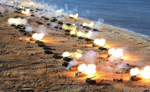 [VIDEO]: Quân nhân Triều Tiên phô diễn sức mạnh
