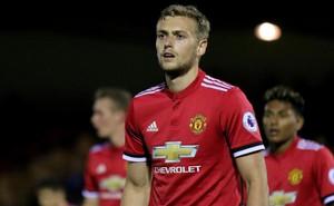 """""""Sát thủ"""" ghi 2 bàn chỉ sau 61 phút ra mắt Man United đã bị hủy hoại thế nào?"""