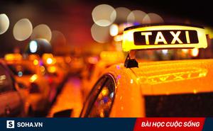 Bắt taxi về nhà sau giờ tăng ca muộn, chàng trai bất ngờ nhận được 1 thứ quý giá từ tài xế