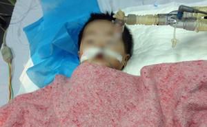 Sức khỏe bé 8 tháng tuổi ở Hà Nội bị nhầm đường dùng thuốc ra sao?