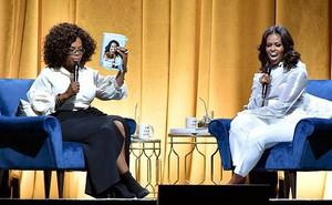 """Những thú vị quanh hồi ký """"Trở thành"""" của cựu Đệ nhất phu nhân nước Mỹ Michelle Obama"""