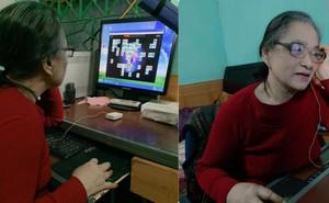 Cháu trai chụp hình bà 80 tuổi mải mê chơi điện tử và câu chuyện cảm động phía sau