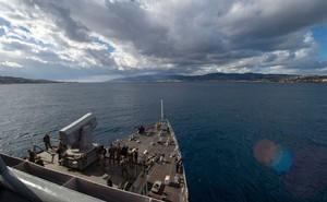"""Mỹ """"liều mình"""" điều tàu chiến tới biển Đen, bất chấp đe dọa của Nga"""