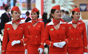Ảnh: Nhan sắc ngọt ngào của các nữ tiếp viên hàng không Nga và Xô viết