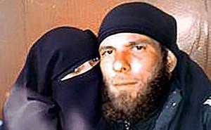 Vợ cũ của tay súng IS kể lại đêm tân hôn kinh hoàng