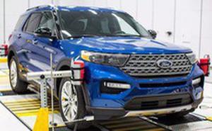 """Bật mí cách Ford biến Explorer 2020 thành """"rạp phim"""" 4 bánh"""