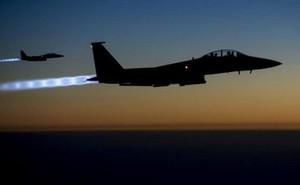 Không quân Mỹ trút lửa kinh hoàng xuống tàn binh IS ở Deir Ezzor, Syria