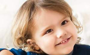 Không chỉ Hoàng gia Anh, thế giới còn có một vị hoàng tử bé vô cùng đáng yêu và lí lắc vừa mới đón sinh nhật tròn 3 tuổi