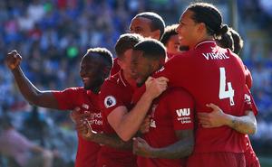 """""""Vượt ải"""" ngoạn mục, Liverpool gây áp lực cực lớn lên Man City trong cuộc đua vô địch"""