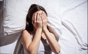 Ngủ kiểu này khiến nhiều người có nguy cơ mắc bệnh lây qua đường tình dục cao gấp 2 lần, thường gặp nhất ở những người trẻ