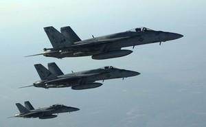 Mỹ vừa rút quân vừa đe dọa trút mưa tên lửa Tomahawk vào Syria