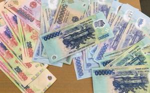 """Dùng 3 triệu đồng tiền thật mua 10 triệu đồng tiền giả làm """"mồi"""" cướp tài sản"""