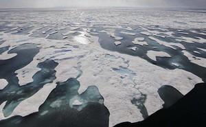 """Tàu chiến Nga – Mỹ """"thổi bùng"""" băng giá Bắc Cực"""