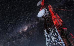 Rúng động vệ tinh quân sự Mỹ diễn tập ngoài không gian