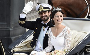 Bữa tối định mệnh và cuộc tình giúp nàng người mẫu tai tiếng lấy được Hoàng tử Thụy Điển và khiến cả đất nước chuyển từ ghét sang yêu mình