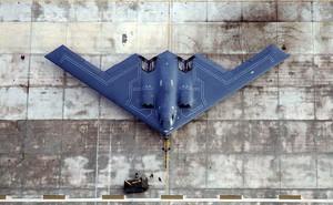 Không quân Mỹ cần hàng trăm máy bay ném bom tàng hình B-21 chống Nga - Trung