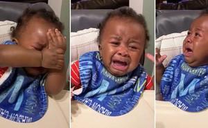 Cậu bé khóc lóc hết sức 'drama' vì không nhận ra ông bố mới cắt tóc, dân mạng dù thương vẫn đòi chế meme