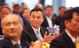 Chủ tịch FIFA chúc mừng ông Trần Quốc Tuấn vào Ban Thường vụ AFC